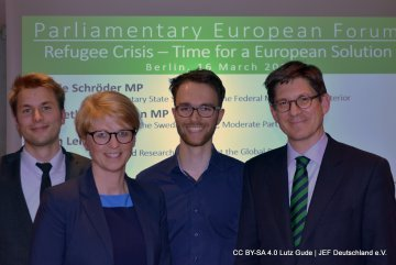 European Forum Berlin: European Solutions in the Refugee Crisis